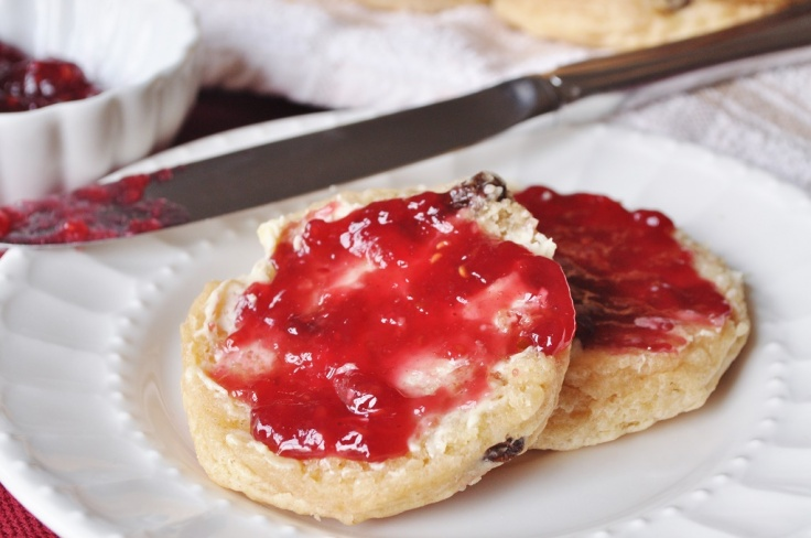 raisin-girdle-scone-with-butter-and-jam.jpg