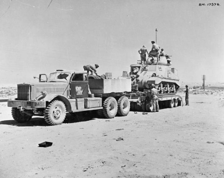 The_British_Army_in_North_Africa_1942_E15577.jpg