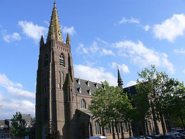 church Sint- Gillis-bij-Dendermonde.jpg